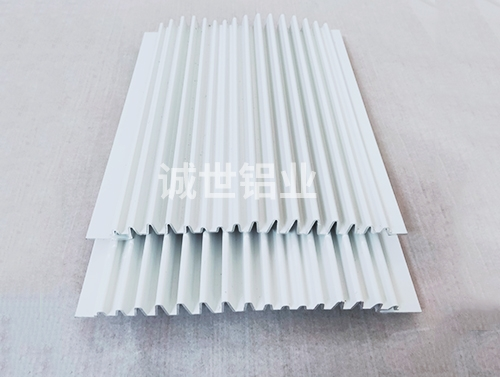 铝型材长城板